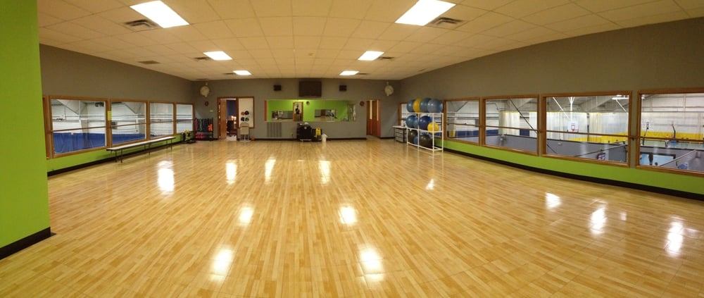 Life Fitness Center: 2222 Middle Rd, Bettendorf, IA