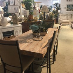 Photo Of The Furniture Warehouse   Bradenton, FL, United States. Beautiful  Table!