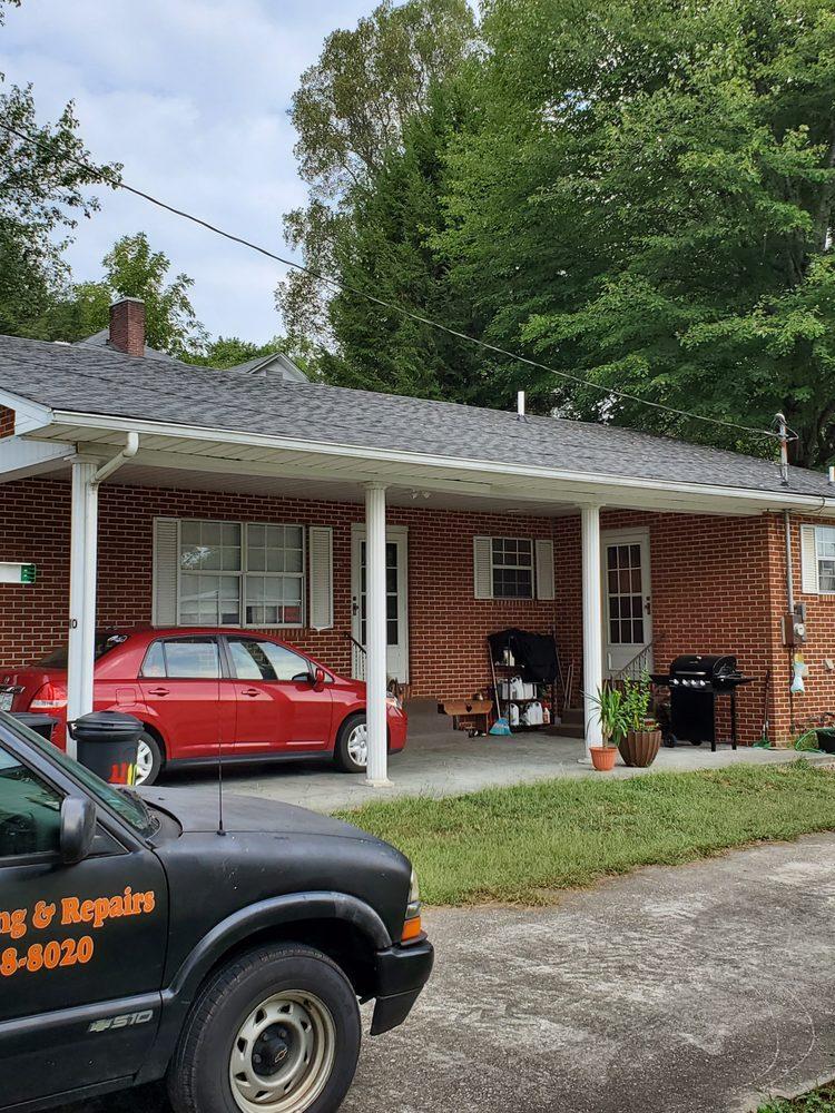 Eagle Roofing & Repairs: 1510 Kathy Cir, Kingston, TN