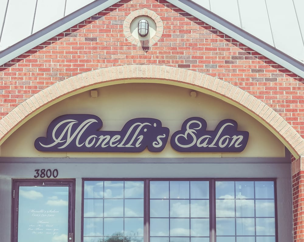Monelli's Salon: 1216 NW Woods Chapel Rd, Blue Springs, MO