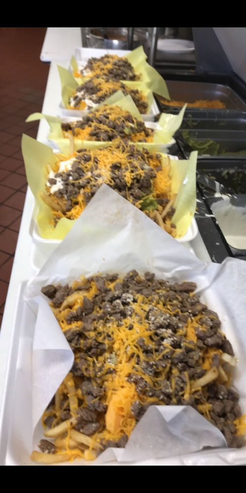 Los Alazanes mexican food: 2785 Lenwood Rd, Barstow, CA