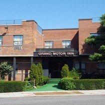 Grand Motor Inn