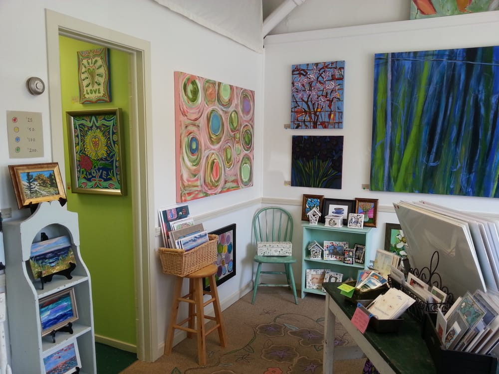 Holly Jackson Art Studio and Gallery: 103 2nd Ave, Chesterton, IN