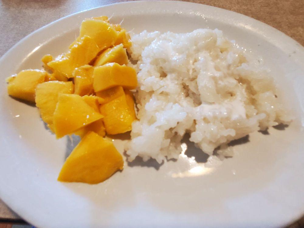 Ta Krai Thai Cuisine: 11 S College St, Winchester, TN