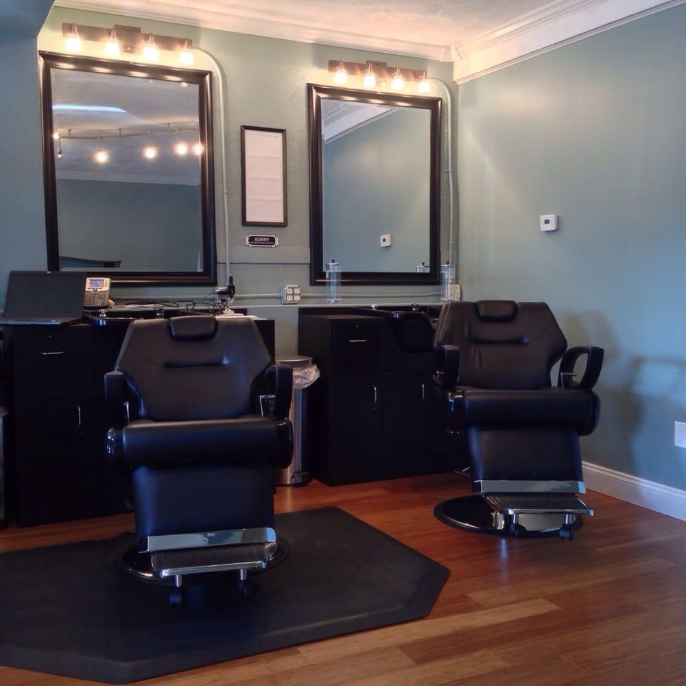 Barber's Squad: 111 S Cedar, Mason, MI