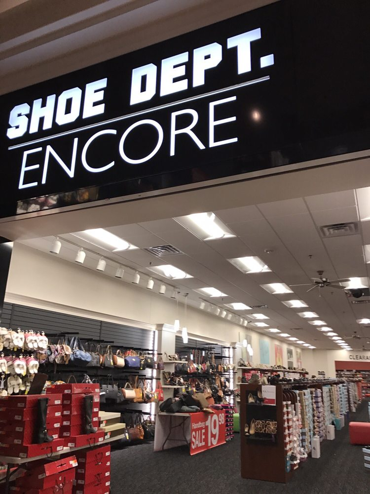 Deptford Mall Shoe Stores