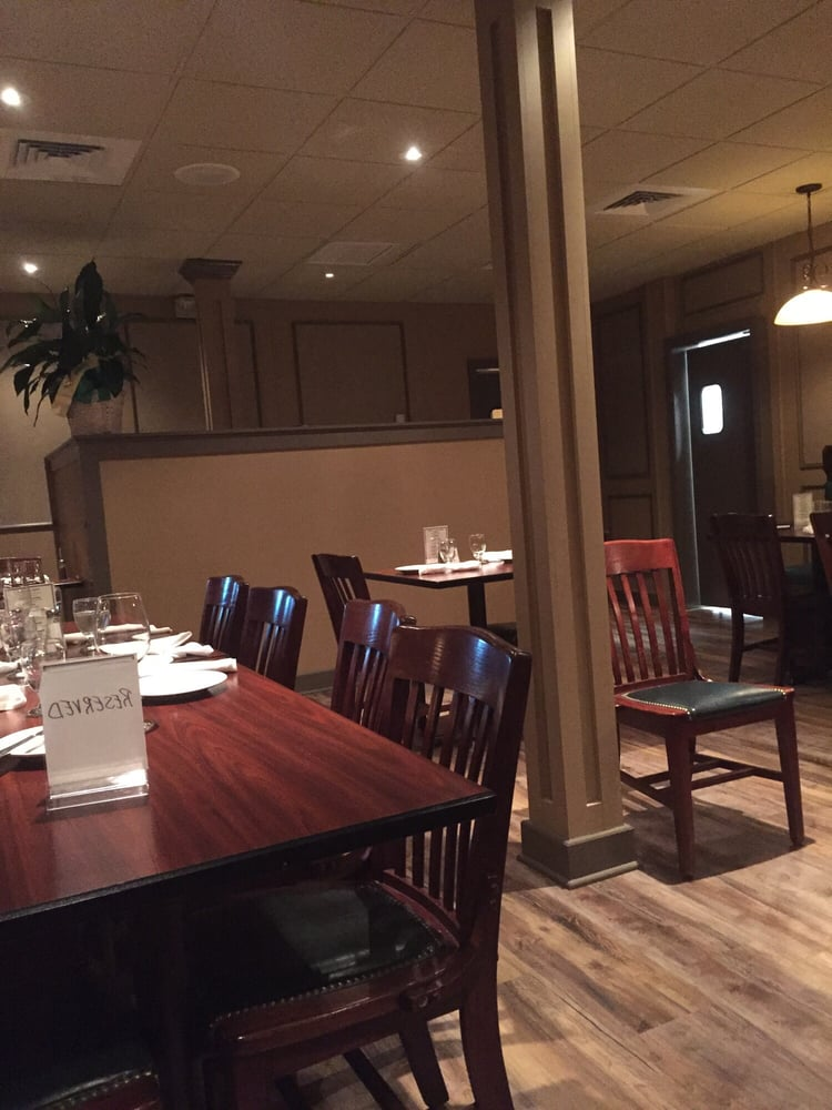Italian Restaurants Delivery Near Me: 660 Park Rd, Waterbury, CT