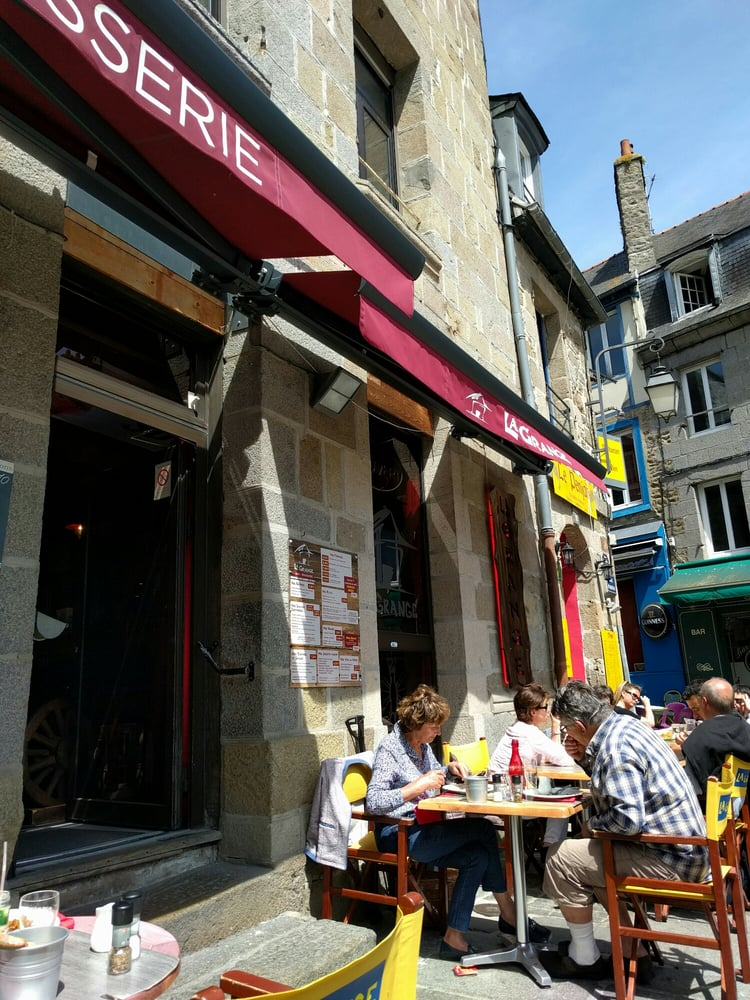 La Grange Café: 13 Place du Martray, Saint-Brieuc, 22