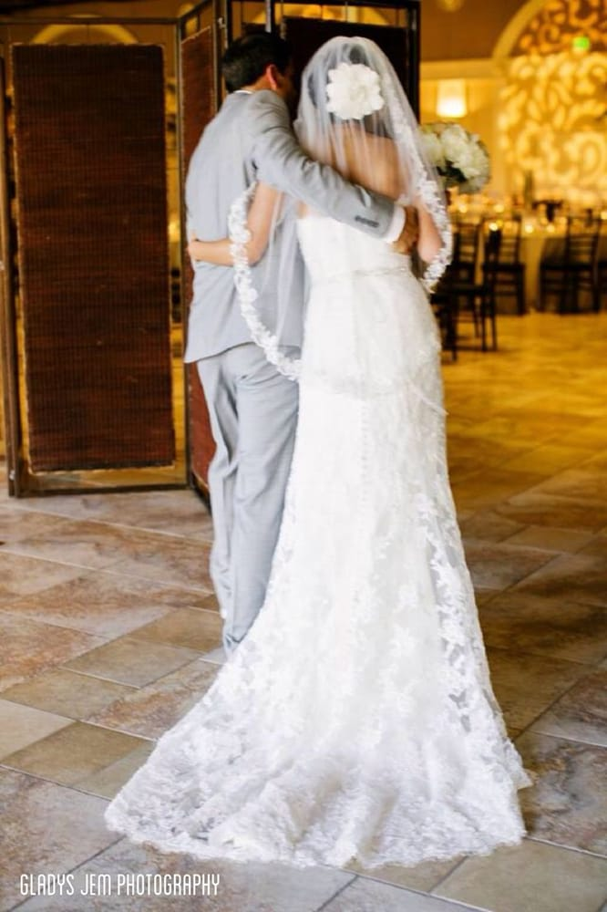 My lovely wedding dress veil photo by gladys jem for Wedding dresses in san jose ca