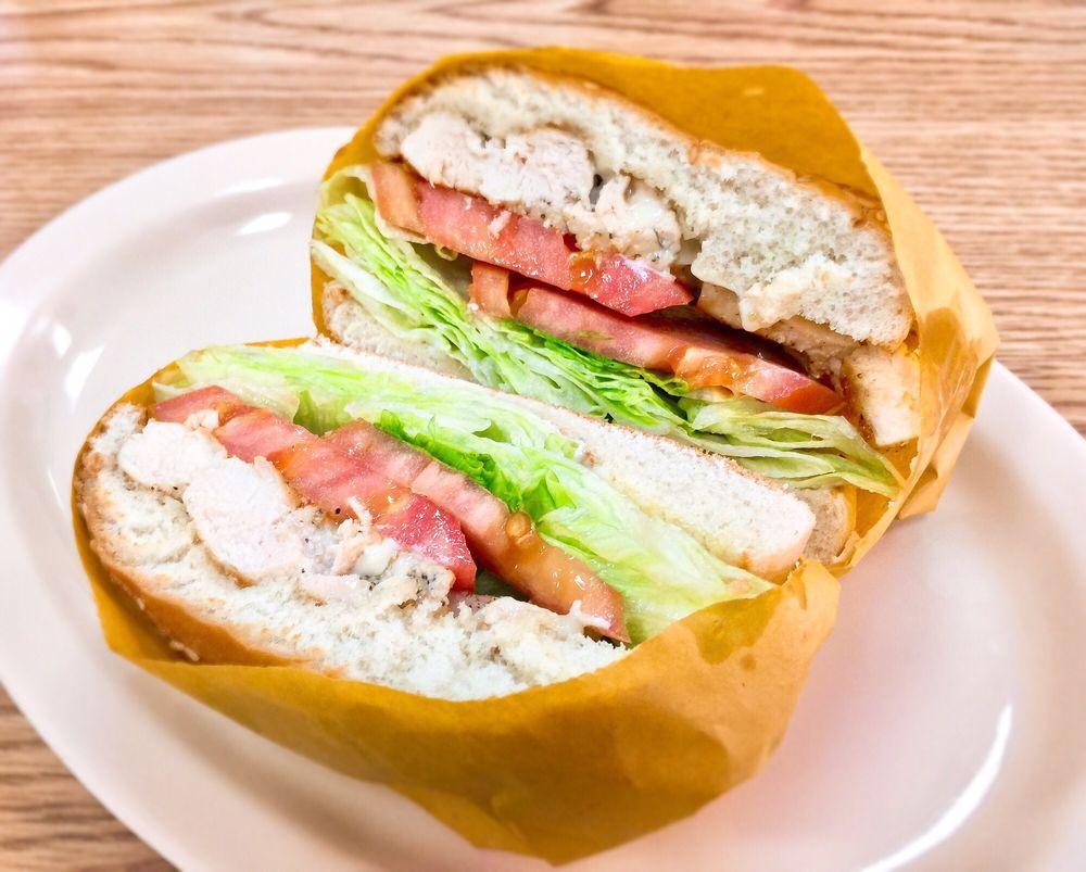Colima Burgers: 19811 Colima Rd, Walnut, CA