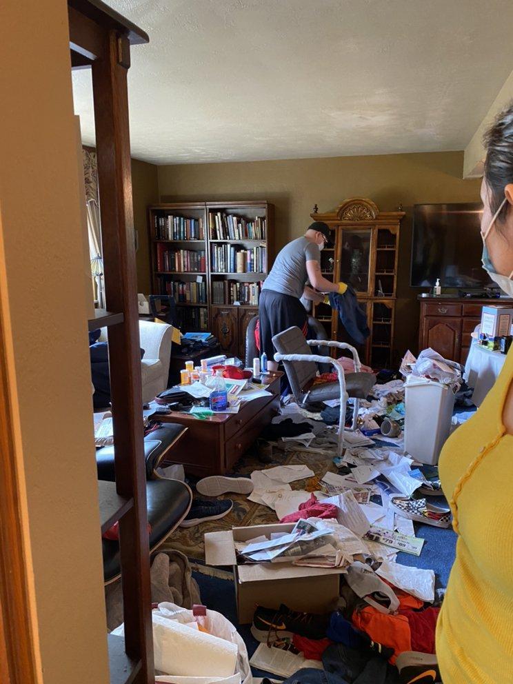 Lesliean's Cleaning Services: Ambridge, PA