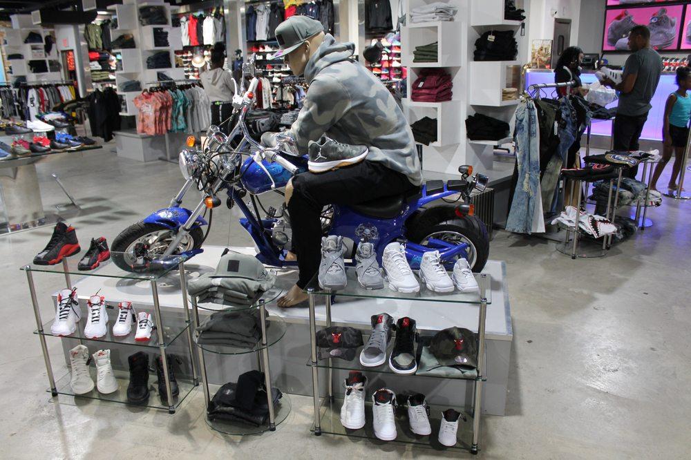 CJ Premium by City Jeans: 306 E Fordham Rd, Bronx, NY
