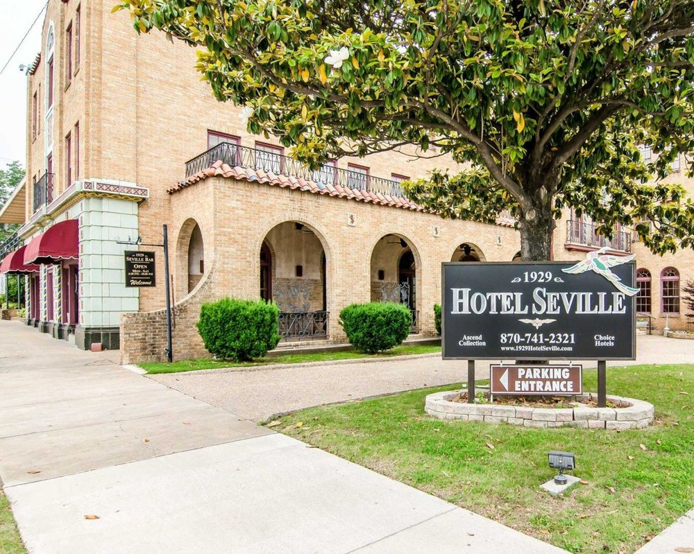 Hotel Seville An Ascend Collection Member 21 Photos 20 Reviews Hotels 302 N Main St Harrison Ar Phone Number Yelp