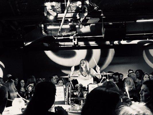 PLUS Dueling Piano Bar - 45 Photos & 37 Reviews - Music