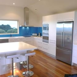 Paul hutchison kitchen bathroom design studios interior for Kitchen ideas adelaide