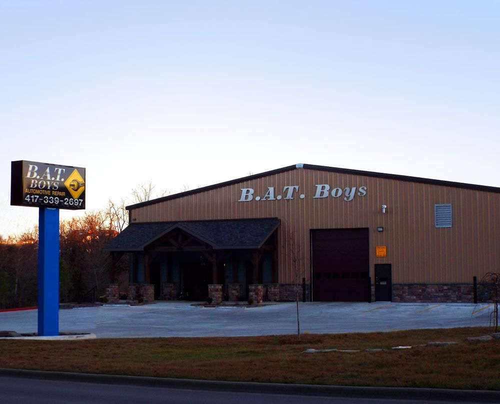 B A T Boys: 570 Gretna Rd, Branson, MO