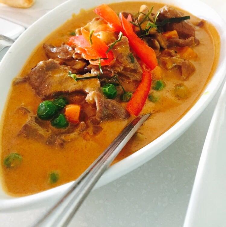 Thai Restaurant In Woodland Hills