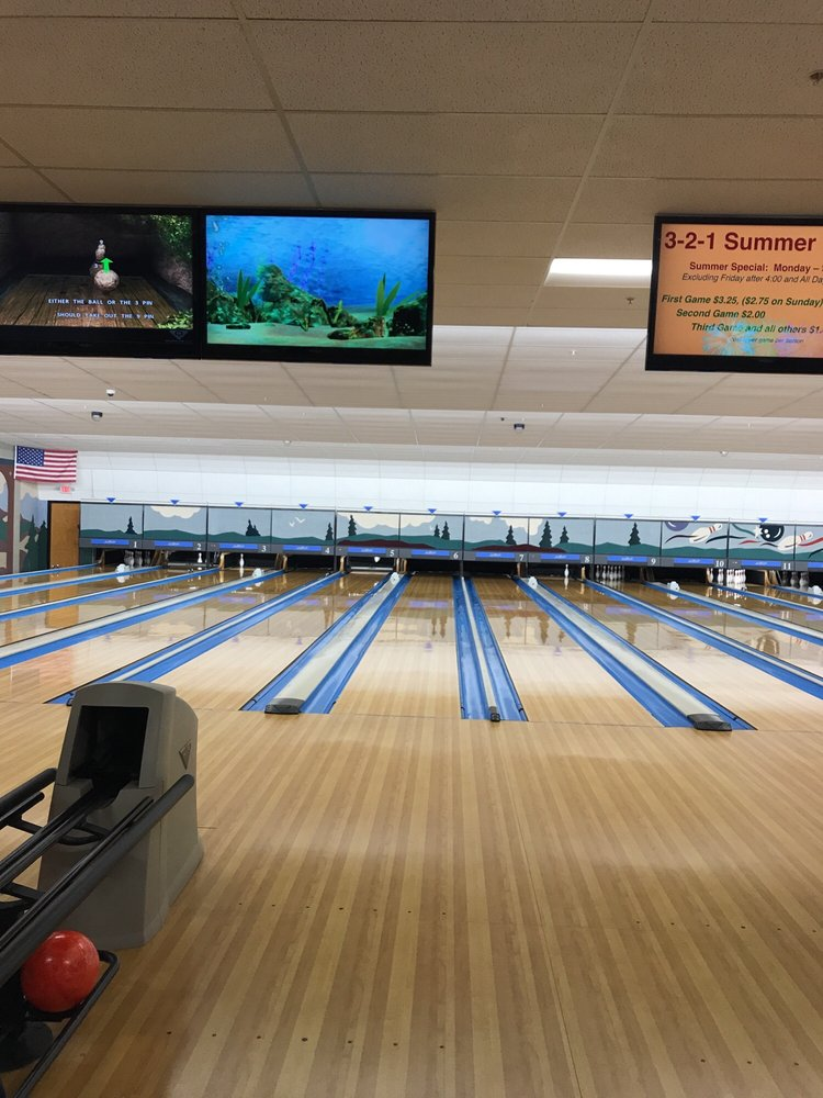 Rogers Bowling Center: 3500 W Walnut St, Rogers, AR