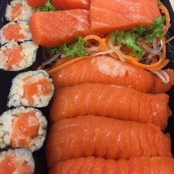 Hamachi Sushi 17 Photos 35 Reviews Sushi Bars 63 Reade St