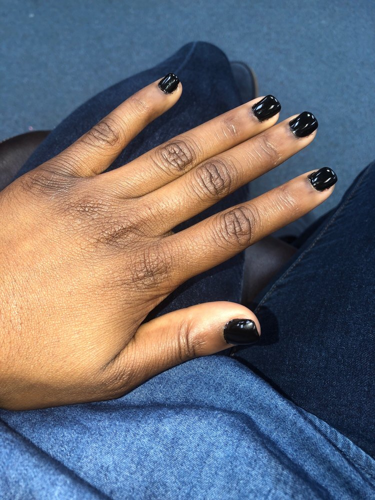 Nails 2000: 1237 Sandy Hollow Rd, Rockford, IL