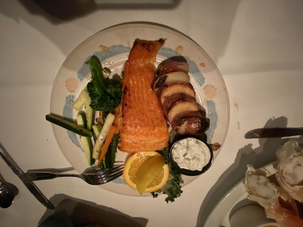 Sea Chest Restaurant & Oyster Bar