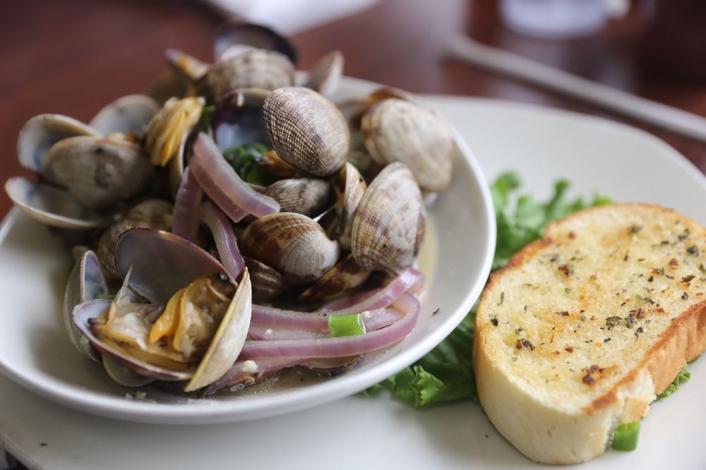 The Fish Peddler At Pacific Oyster: 5150 Hayes Oyster Dr, Bay City, OR