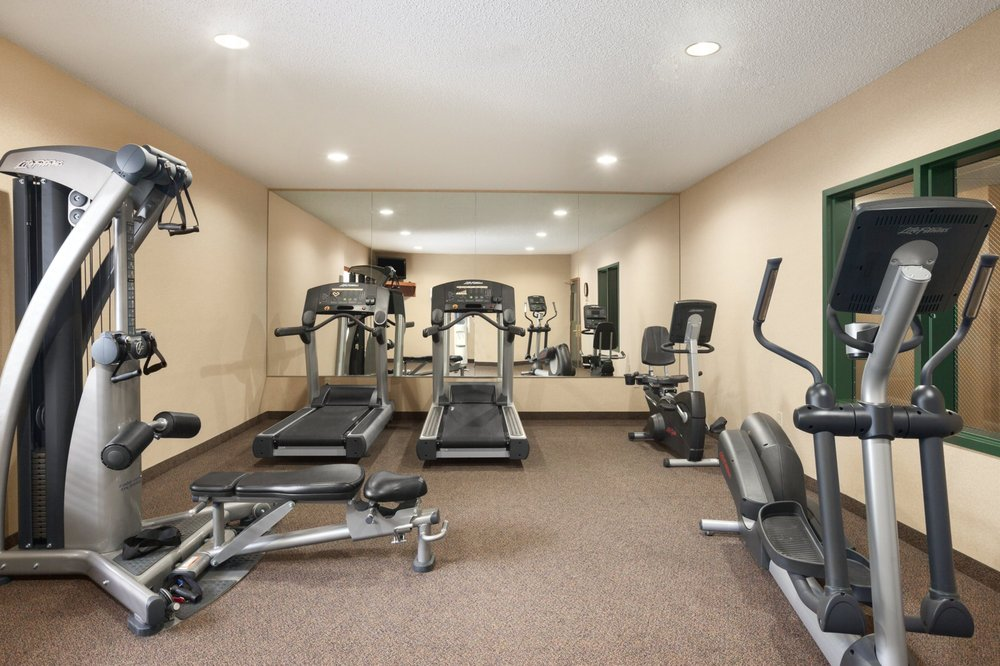 Country Inn & Suites By Radisson - Northwood: 711 Diamond Jo Ln, Northwood, IA