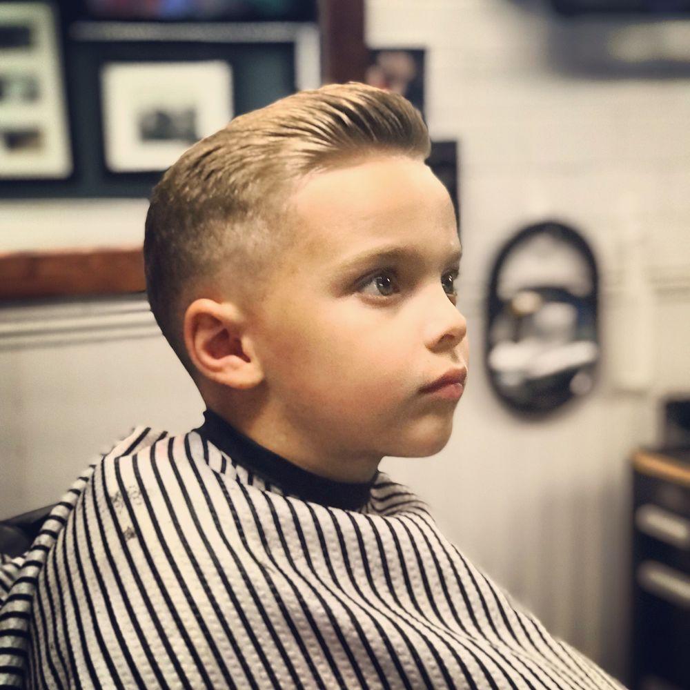 The Blue Collar Barber: 184 Maple St, Branford, CT