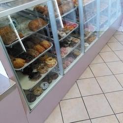 Donut Star 20 Reviews Donuts 1222 Magnolia Ave Corona Ca