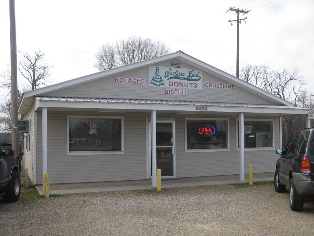 Southern Maid Donuts: 6620 Lamar Rd, Reno, TX