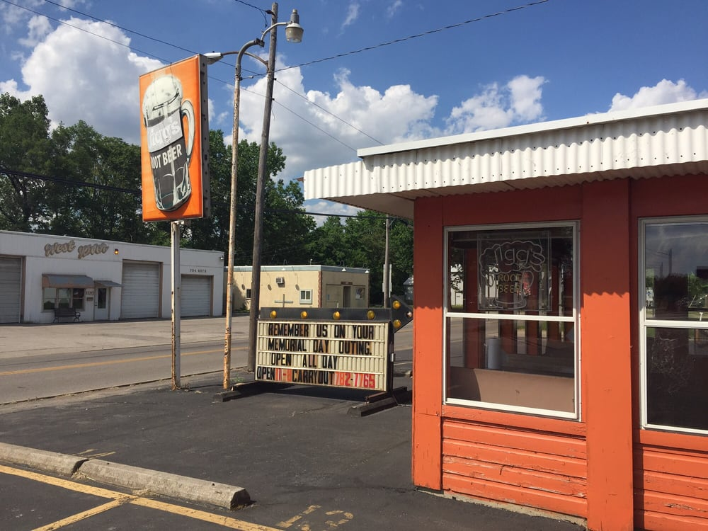 Jigg's Rootbeer Stand: 1111 Holgate Ave, Defiance, OH