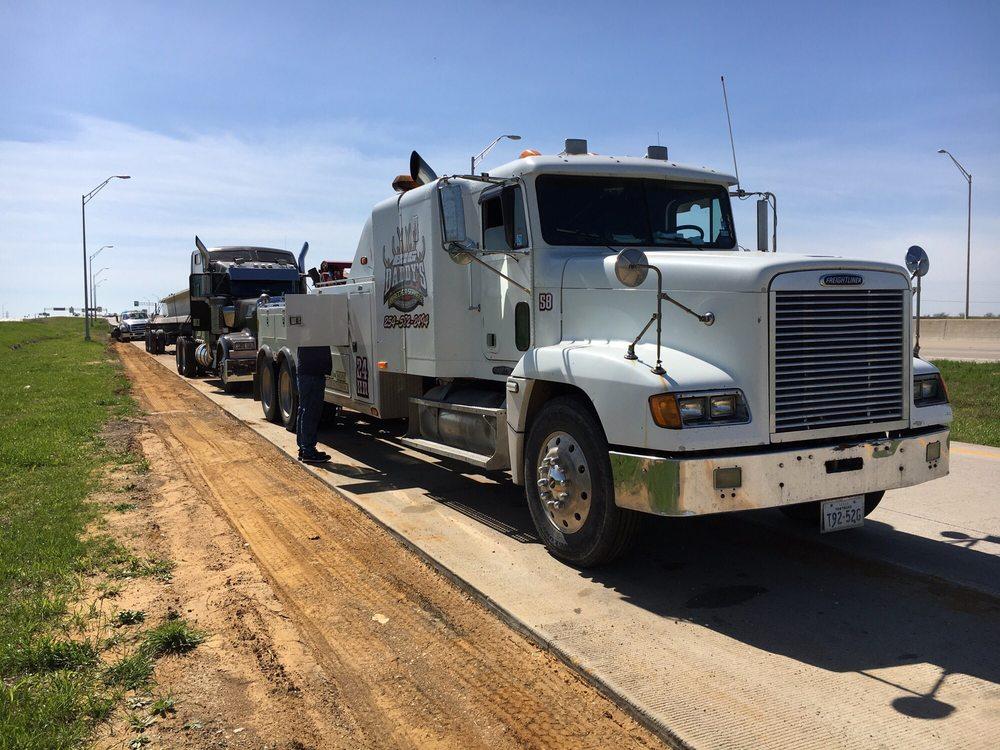 American Auto & Truck: 212 N Covington St, Hillsboro, TX