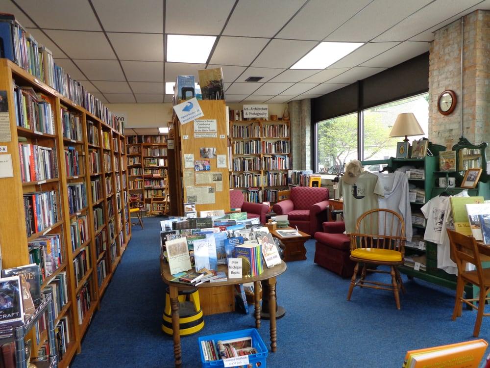 Black River Books: 330 Kalamazoo St, South Haven, MI