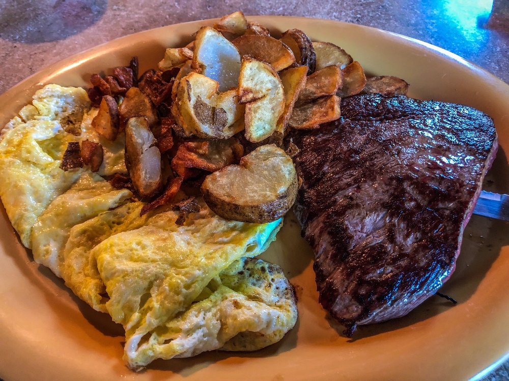Family Tradition Restaurant: 531 S Main St, Harrisville, PA