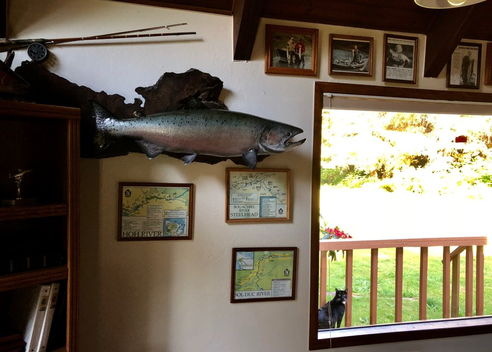 River Inn B&B & Jeff Woodward Sportfishing: 2596 Bogachiel Way, Forks, WA