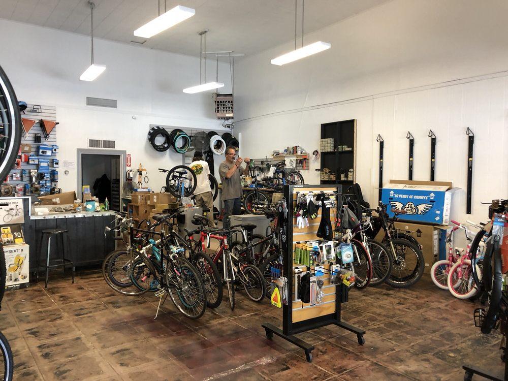 Leonardo Cycles: 627 Marin St, Vallejo, CA