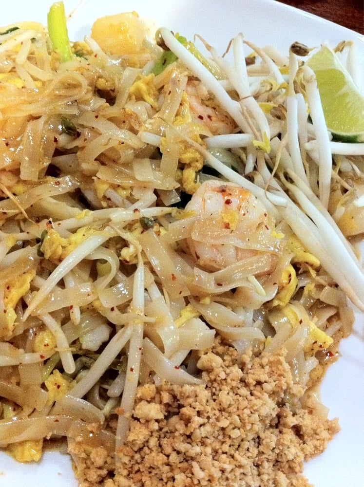 Pad thai w shrimp scallops yelp for Amarin thai cuisine