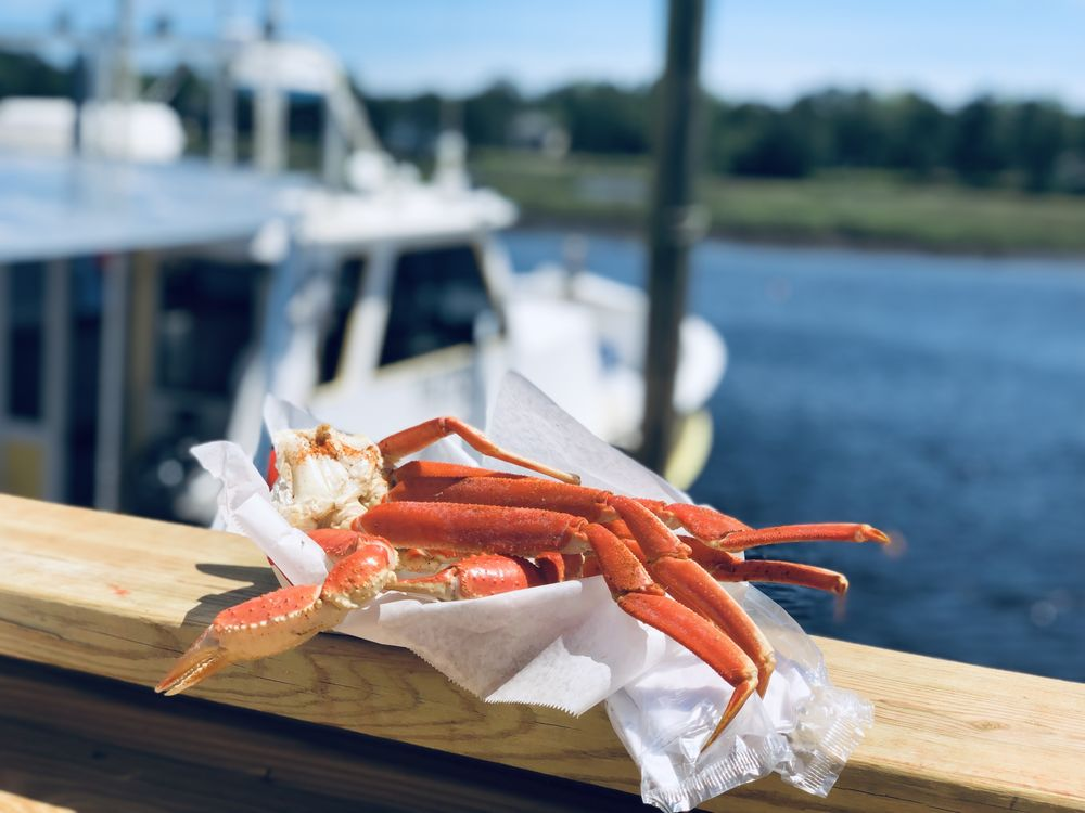 Waterfront Seafood Shack: 9945 Nance St, Calabash, NC