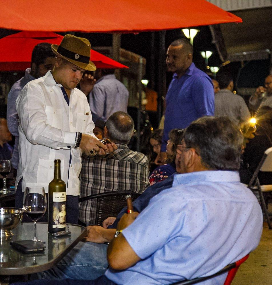 Juana Díaz Cigars: Calle Tomás Carrión Maduro 9, Juana Díaz, PR