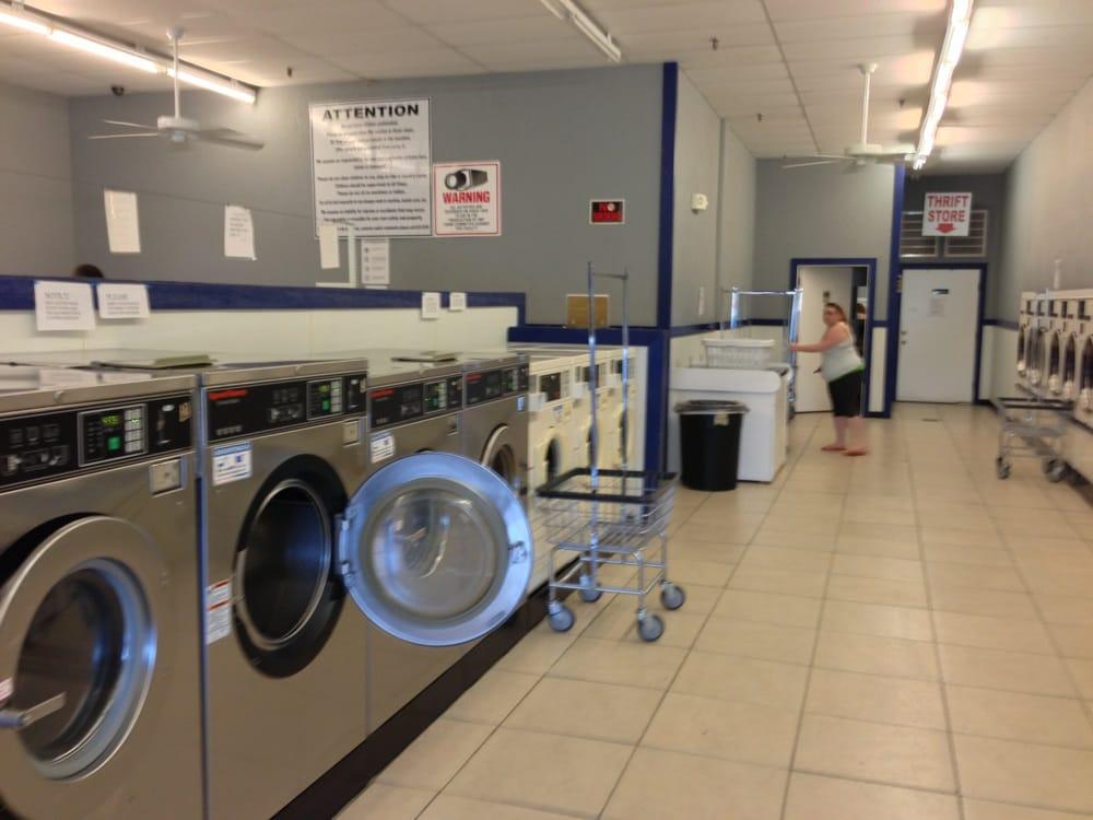 Cameron Coin Laundry: 419 Northland Dr, Cameron, MO