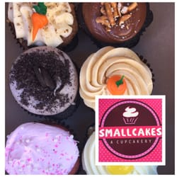 Smallcakes 15 Photos 20 Reviews Cupcakes 6305 Mills Civic