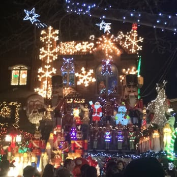 dyker heights christmas lights 737 photos 182 reviews local flavor 12th ave 84th st dyker heights brooklyn ny yelp - Christmas Lights In Brooklyn