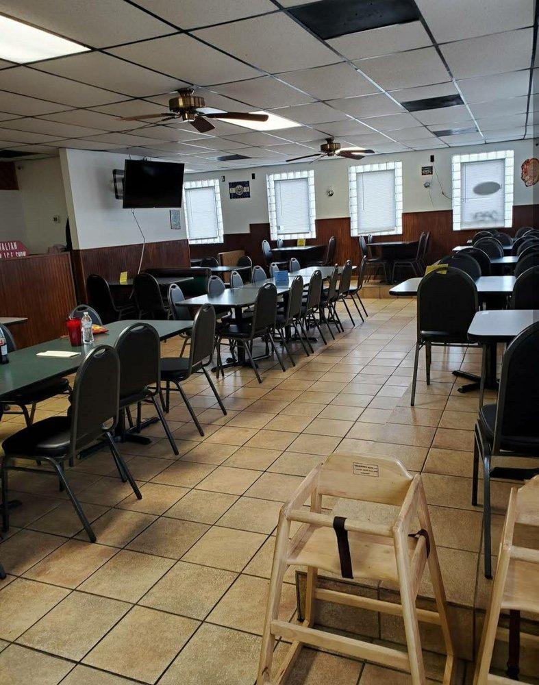 Pupuseria y Taqueria La Migueleña: 2437 Highway 41 S, Greenbrier, TN