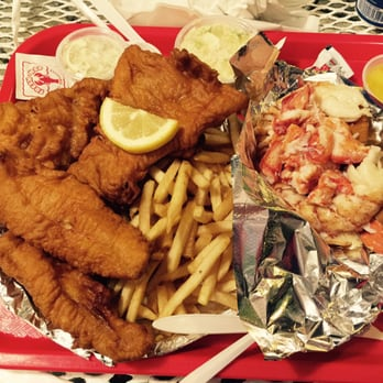 Gisella f 39 s reviews penfield yelp for Red lobster fish and chips