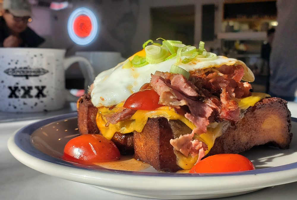 The Governor Modern Diner: 231 Main St, Milford, OH