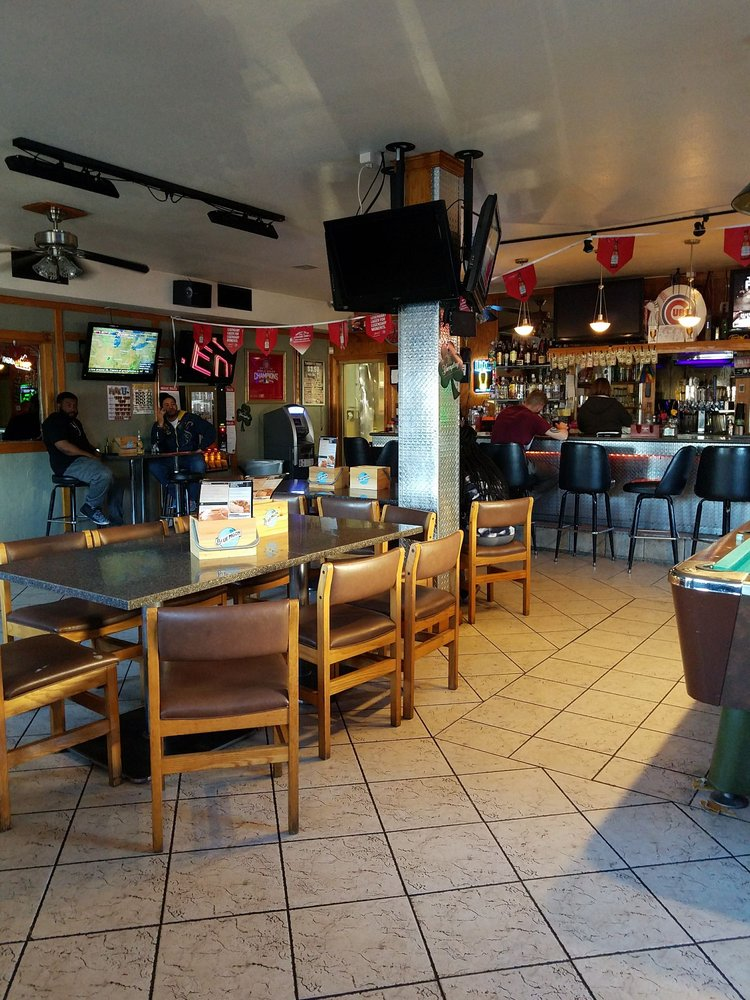North Star Bar & Grill: 2915 E State Blvd, Fort Wayne, IN