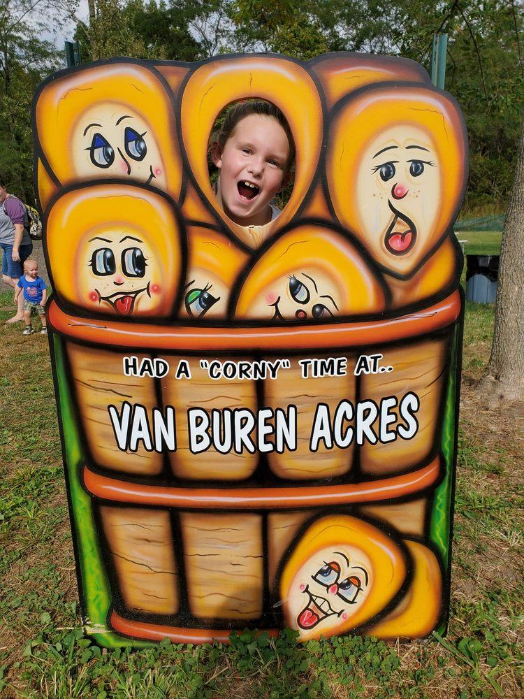 Van Buren Acres: 5066 Keller Rd, Hebron, OH
