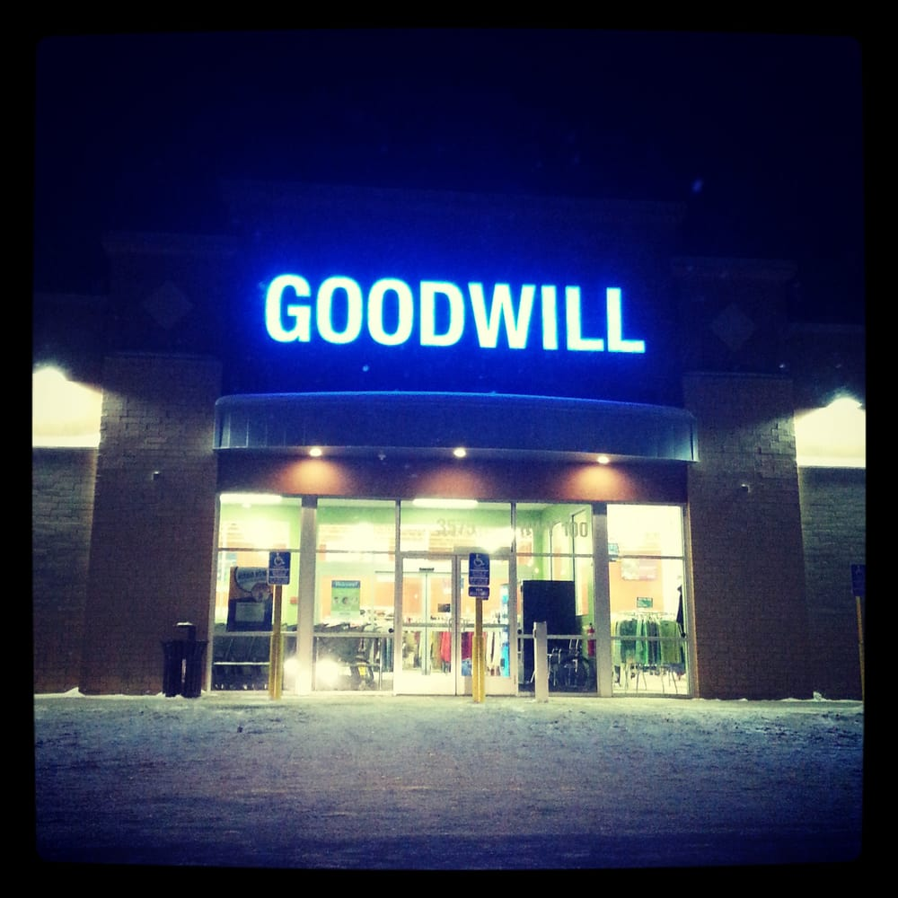goodwill thrift stores st louis park mn reviews photos yelp. Black Bedroom Furniture Sets. Home Design Ideas