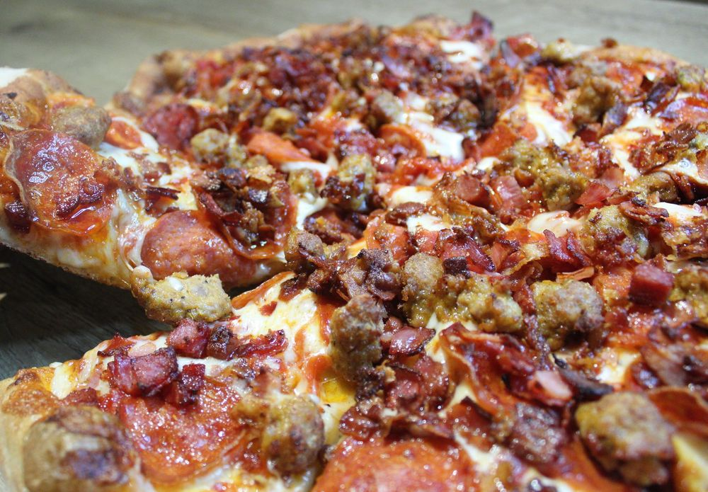 Social Spots from Caliente Pizza & Draft House - Monroeville