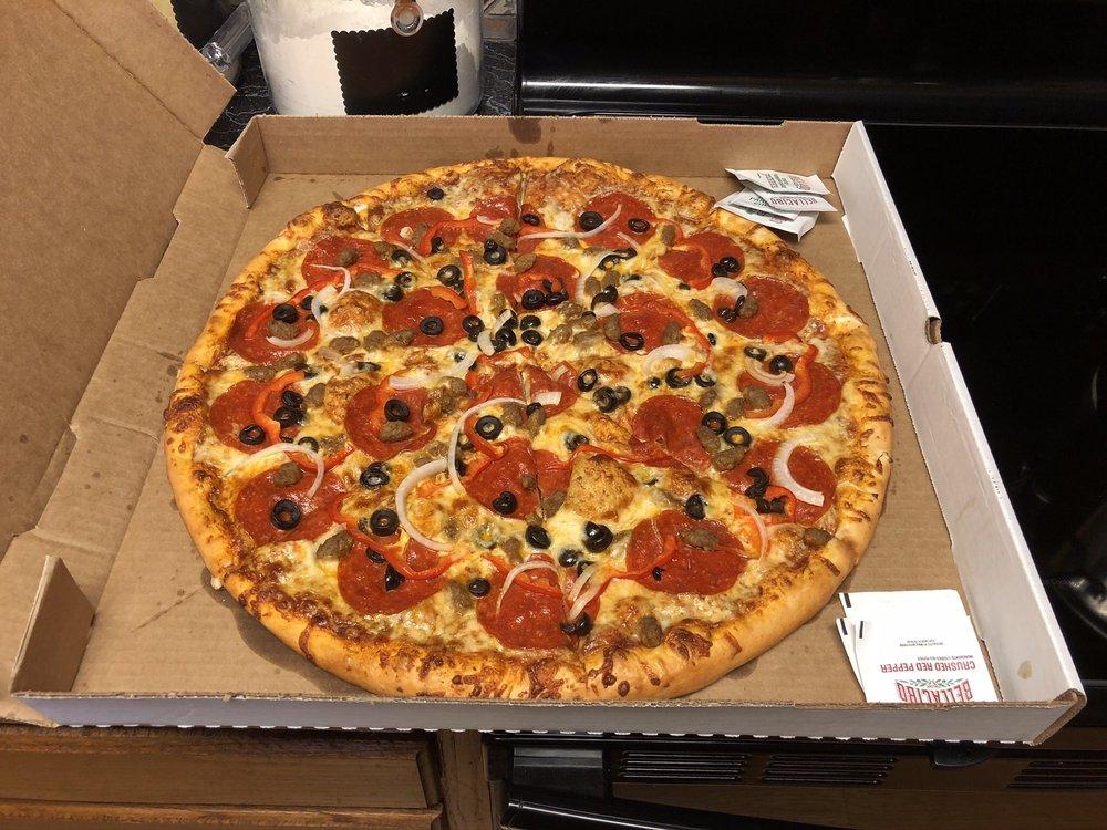 Oneway Coffee & Pizza: 115 N Rice St, Hamilton, TX